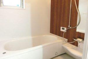 バスルーム:ヒートショックの原因になる温度差がありません。