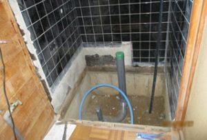 工事中のトイレ内