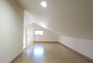 2階:洋室2(ロフト)